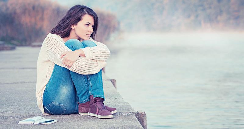 solidao-sem-dor-nem-tristeza-solitude-meditacao-autoconhecimento-equilibrio-forca-interior-nosso-blog-imagem.jpg